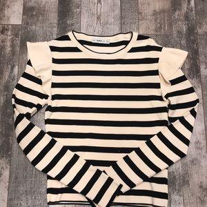 """ZARA ruffle sleeve """"striped"""" pattern top Size S"""